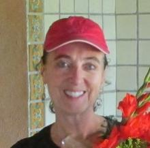 Volunteer Laurie Bangs